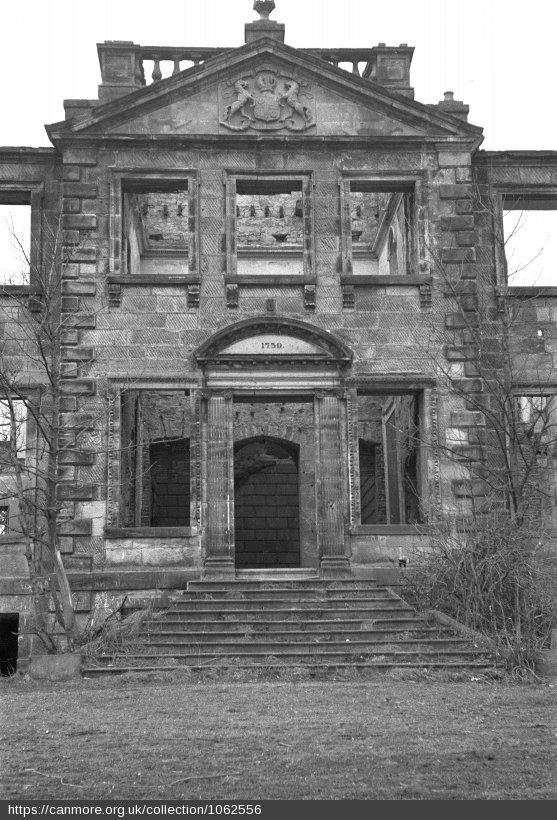Front elevation of Largo House - Photo 1957