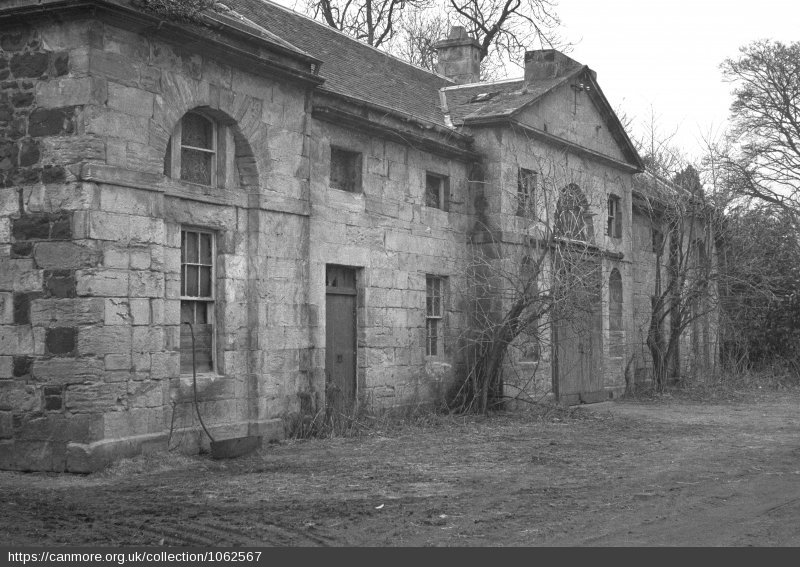 Side view of the stables at Largo House - Photo 1957