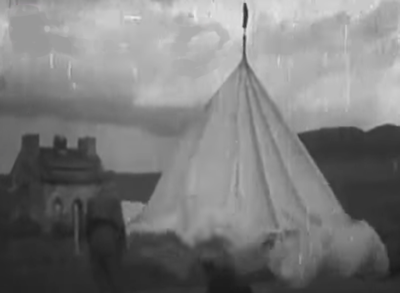 A Video shot showing the parachute tower at Lundin Links in use