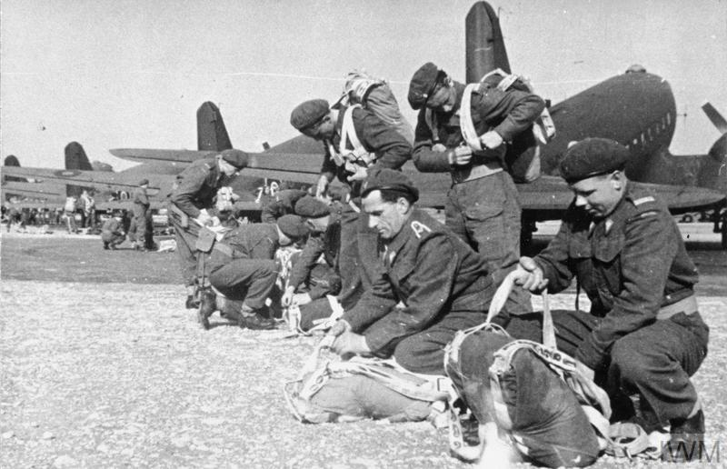THE POLISH ARMY IN BRITAIN, 1940 - 1947 (MH 1965) Paratroopers of the 1st Independent Polish Parachute Brigade adjusting their parachutes before taking off. Copyright: © IWM. Original Source: http://www.iwm.org.uk/collections/item/object/205235285