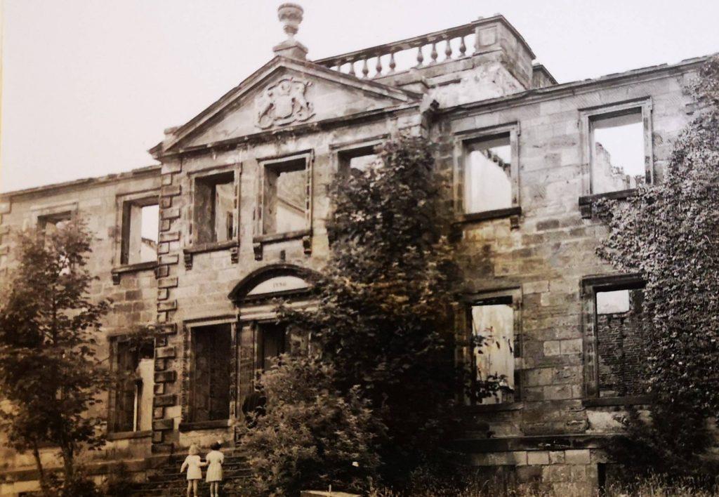 ©St.Andrews Museum - 141 - Derelict Largo House